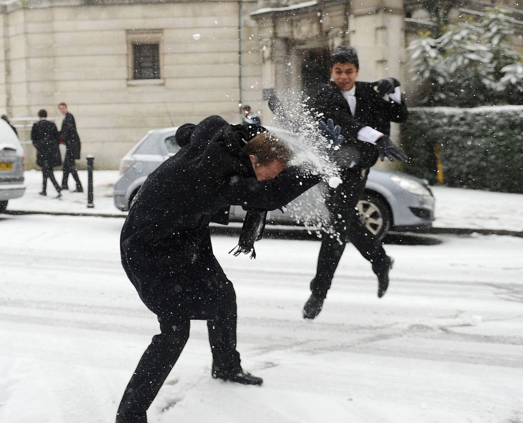 Eton Boys have fun in the snow