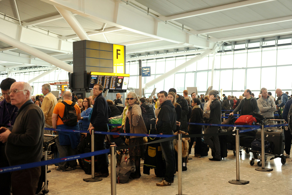INS_Heathrow_Chaos_9