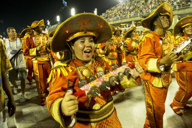 INS_Rio_Carnival_2015_52