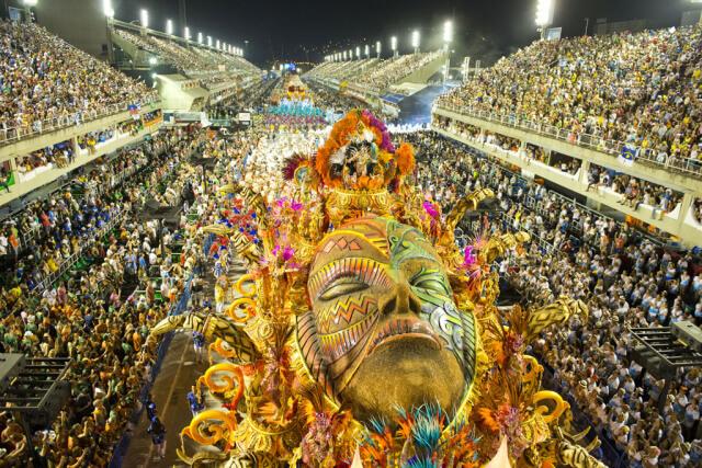INS_Rio_Carnival_Last_Day_38x