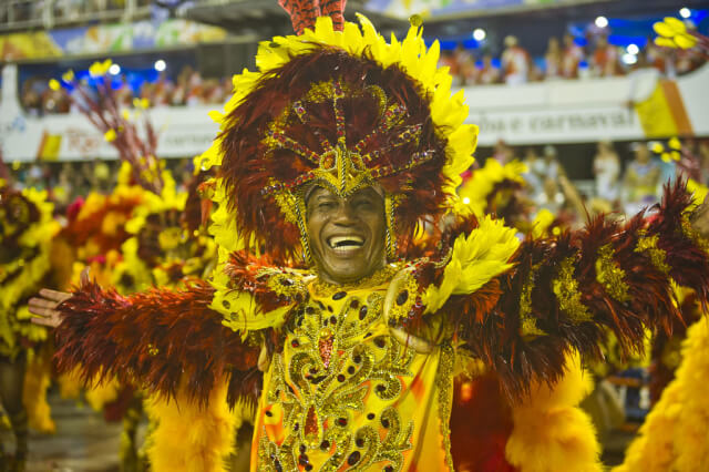 INS_Rio_Carnival_Special_group_45